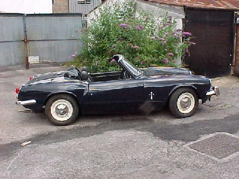 Triumph Spitfire MkIII (dark blue bodywork, side view)