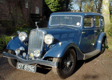1937 TRIUMPH VITESSE 14/60 SIX-LIGHT SALOON