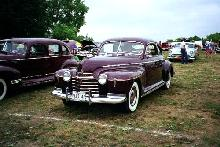 Oldsmobile 76 Deluxe Club Sedan Maroon  Fvl (1941)