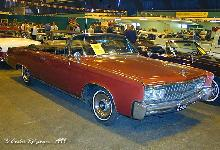 Imperial Crown Convertible 1965 Front three quarter view