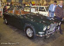 Jaguar 420 G Saloon 1968 Front three quarter view