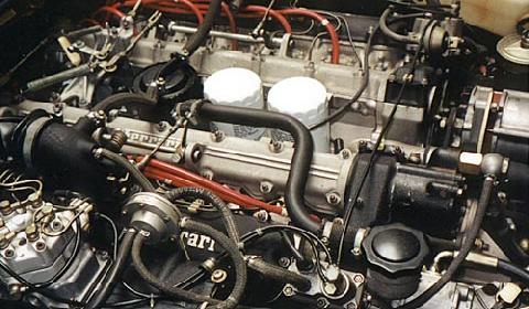 Ferrari 412iA Coupe Black Engine   (1986)