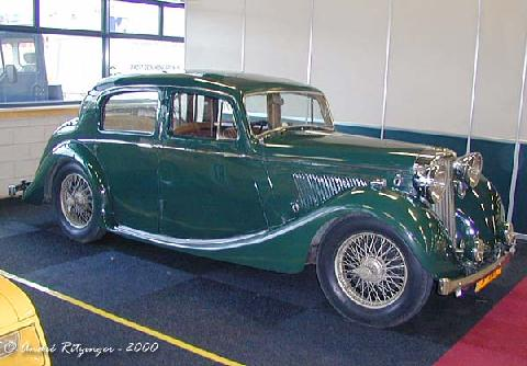 Jaguar MK IV 1,5 Litre Front three quarter view