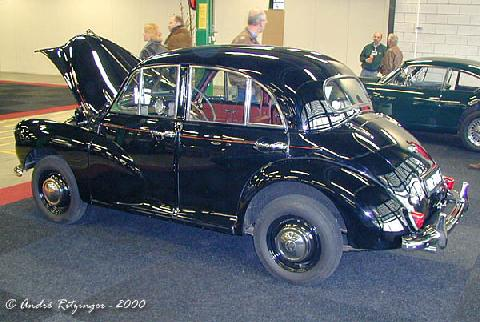 Morris Minor Series 2 1954 Rear three quarter view