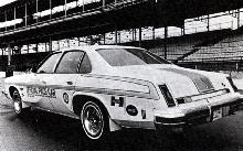 Hurst Oldsmobile Cutlass Salon W 30 Sedan Official Indy Car (1974)