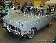 Opel 1200 1960 Front three quarter view