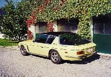 Jensen Interceptor III Yellowblack RVl   (1973)
