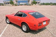 Datsun 240Z Red RVlTop   (1973)