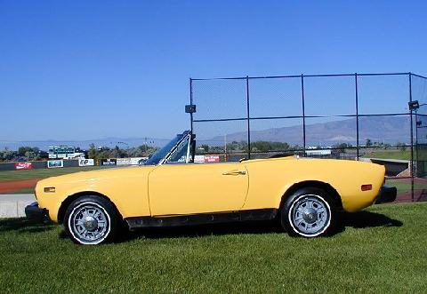 Fiat 125 Spider Yellow SVl   (1975)