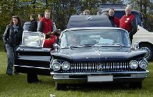 Buick Invicta HT Sedan Black 3 (1960)