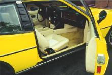 Lotus Elite (1977, yellow bodywork, interior)