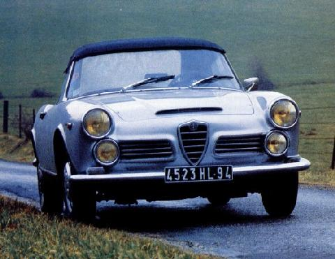 Alfa Romeo 2600 Spider (1962, front view)