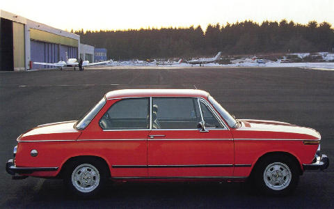 BMW 2002 Ti Side view (1968)