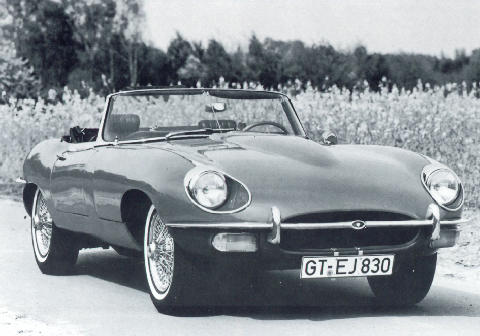 Jaguar E Type Roadster Series 2 Front view (1968)