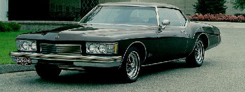 Buick Riviera Hardtop Front View(1973)