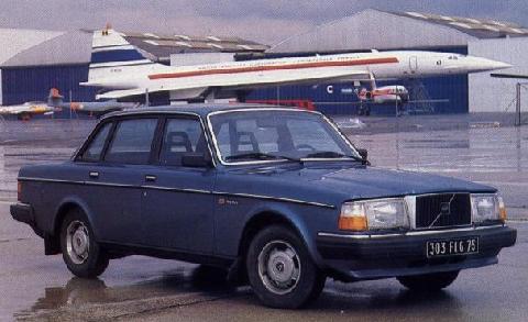 Volvo 240 Saloon - Motorbase