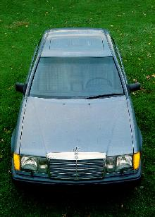 Mercedes Benz 300e Sedan Grillevtop Max  (1986)