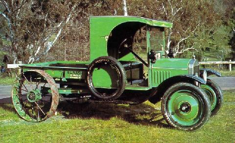 21 Ford Model T Tractor Acc (1918)