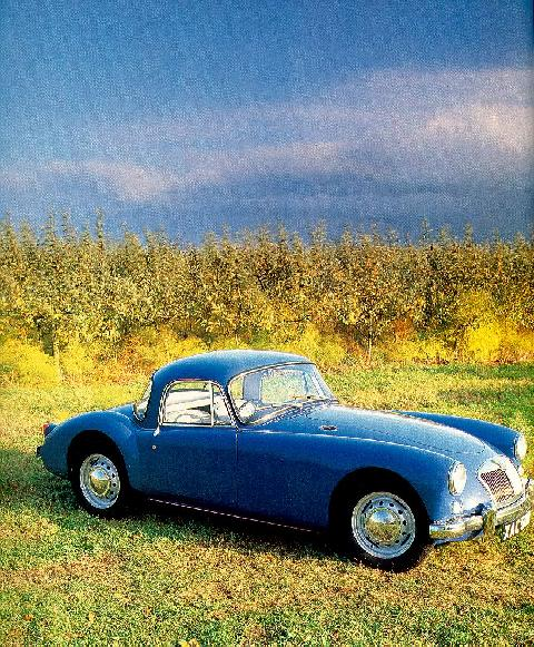 MGA Coupe Blue  Front view (1957)