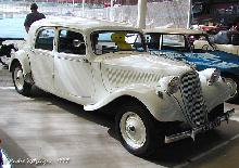 Citroen Traction Avant 15 Six 1953 Front three quarter view