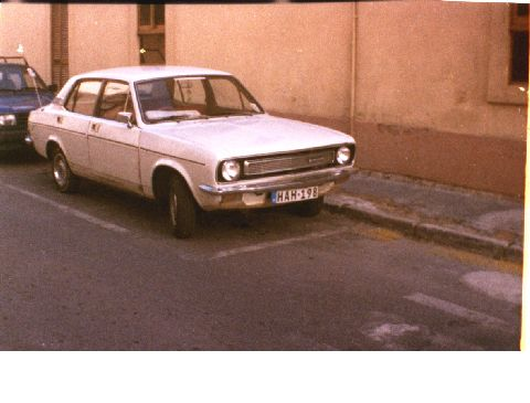 Morris Marina with it's original engine diesel. the year manufacture is 1977