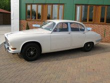Daimler Sovereign 4.2 litre Saloon