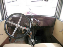 1932 BMW AM4 dashboard