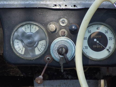 1948 Lloyd 650 Roadster Dashboard