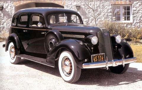 1935 pontiac series 605 improved eight touring sedan f3q for 1934 pontiac 4 door sedan