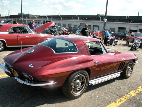 1966 Chevrolet Corvette 427 Sting Ray Coupe Madeira Maroon