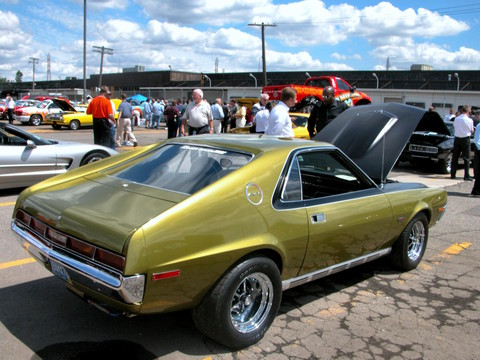 1970 AMC AMX Go-Pack with 426 CID Dual-Quad Engine Golden Lime Metallic rvr (2005 WW@WD PROC) DSCN8375