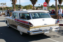 1957 Mercury Colony Park - white - rvl