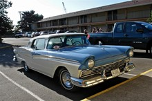 1957 Ford Fairlane Skyliner fvr
