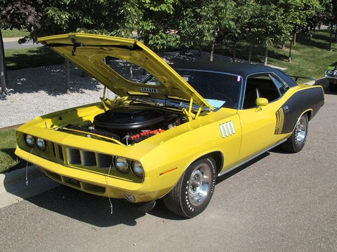 1971 Plymouth 'Cuda 440 Hardtop w-Shaker Hood & Billboard Tape Lemon Twist fvl (2004 CEMA) F