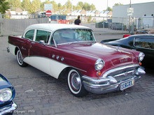 1955 Buick Special 2-door sedan f3q ritz