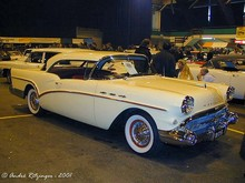 1957 Buick Special Riviera hardtop coupe- f3q ritz