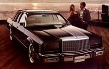 80Chrysler-Fifth-Avenue