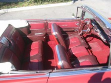 1960 Buick Electra 225 Conv-red-int-td mx