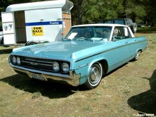 1964 Oldsmobile Dynamic 88 Holiday Htp Sedan 01