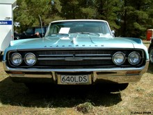 1964 Oldsmobile Dynamic 88 Holiday Htp Sedan 02