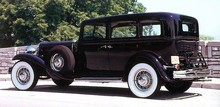 1932 Chrysler Model CH Sedan r3q