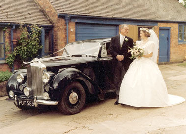 1949 BENTLEY MK VI SALOON