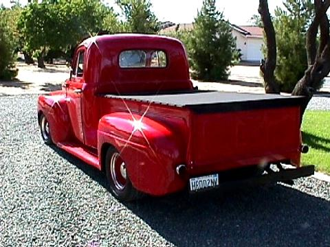 Ford Pickup Red Customized  Rvl (1948)