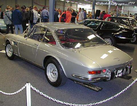 Ferrari 330 GTC 1966 Rear three quarter view