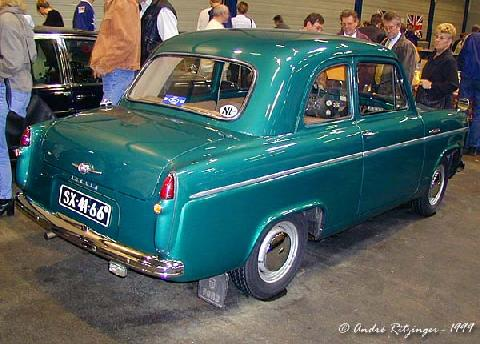 Ford Anglia 100e 1955 Rear three quarter view