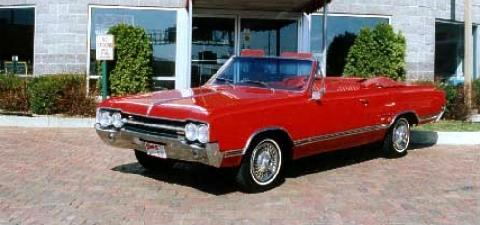 Oldsmobile Cutlass Convertible Red  Fvl (1965)