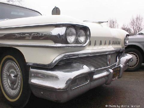 Oldsmobile Ninety Eight 02 (1958)