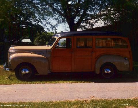 Plymouth Woodie Station Wagon (1940)