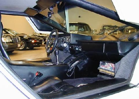 Lamborghini Countach White Black Interior   (1985)
