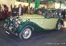 MG SA Saloon 1938 Front three quarter view